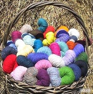 lana colorata.jpg
