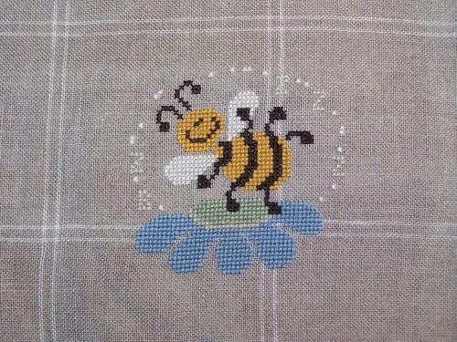 the dance of bumblebee.JPG